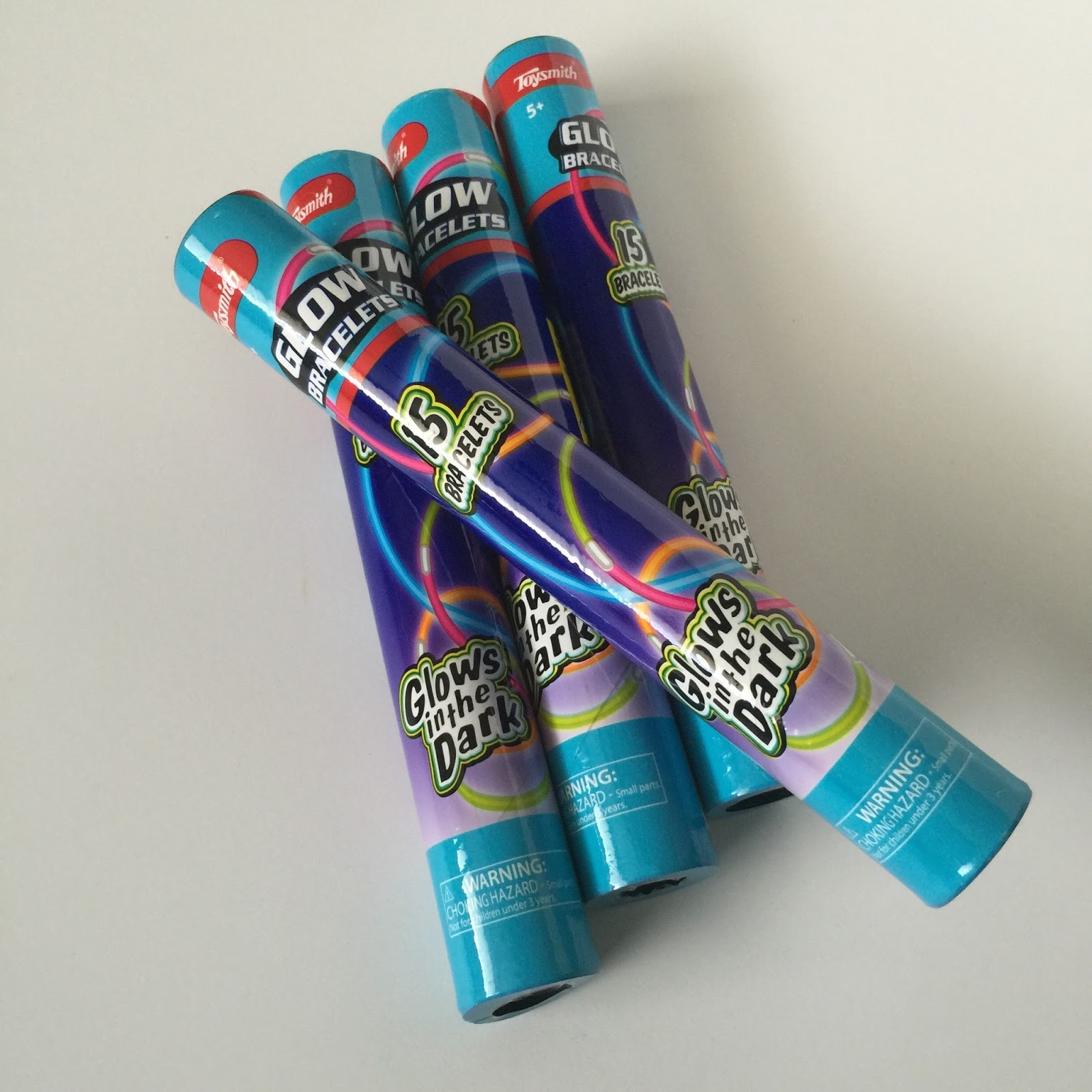 Camille's Primary Ideas: Singing in the dark using glow sticks singing time lesson plan review idea