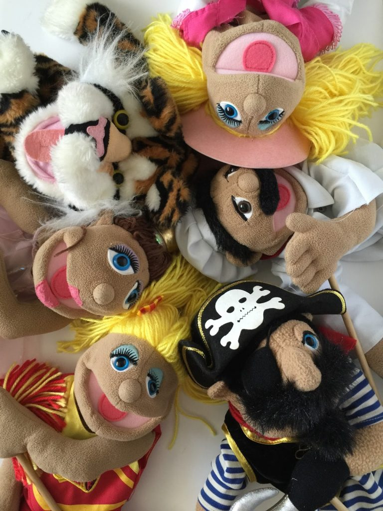 Camille's Primary Ideas: Puppet Review singing time lesson plan idea